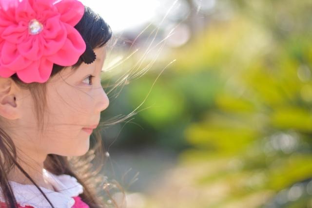 女の子の横顔
